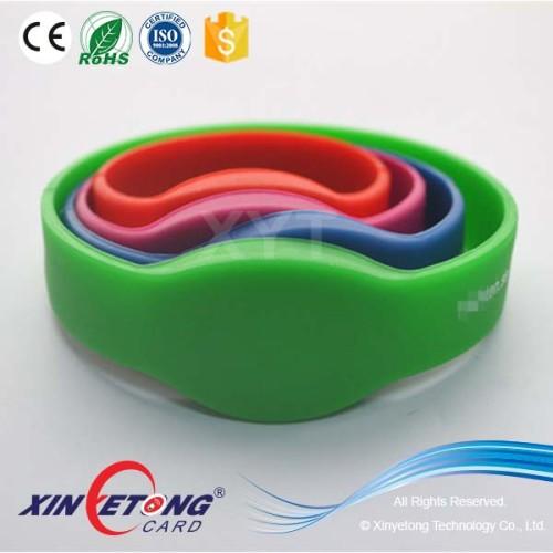 13.56Mhz custom Printing Adjustable RFID Silicone Wristband Bracelets in Swimming Club