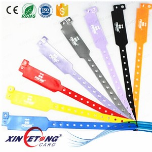 Silk printing MFS50 1k disposable PVC Wristband RFID/NFC hospital bracelet