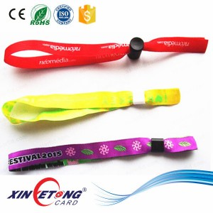 13.56MHZ Low Cost Woven RFID Wristband For Event Or Festival
